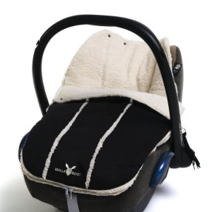 Wallaboo newborn footmuff Black_Cribs.ie