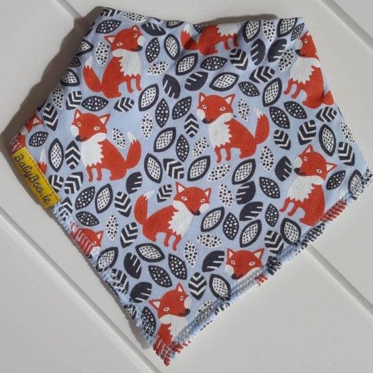 BABYBOO Foxes foxes everywhere Bandana Bib